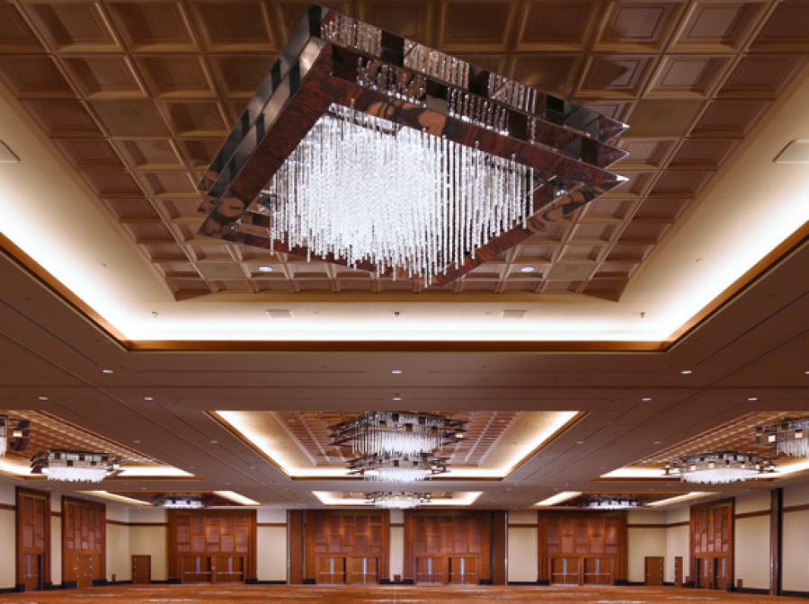 Light fixture in Casino Ballroom